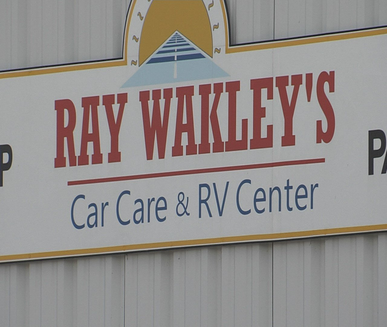 Ray Wakley S Car Care Amp Rv Center Giving You The Business