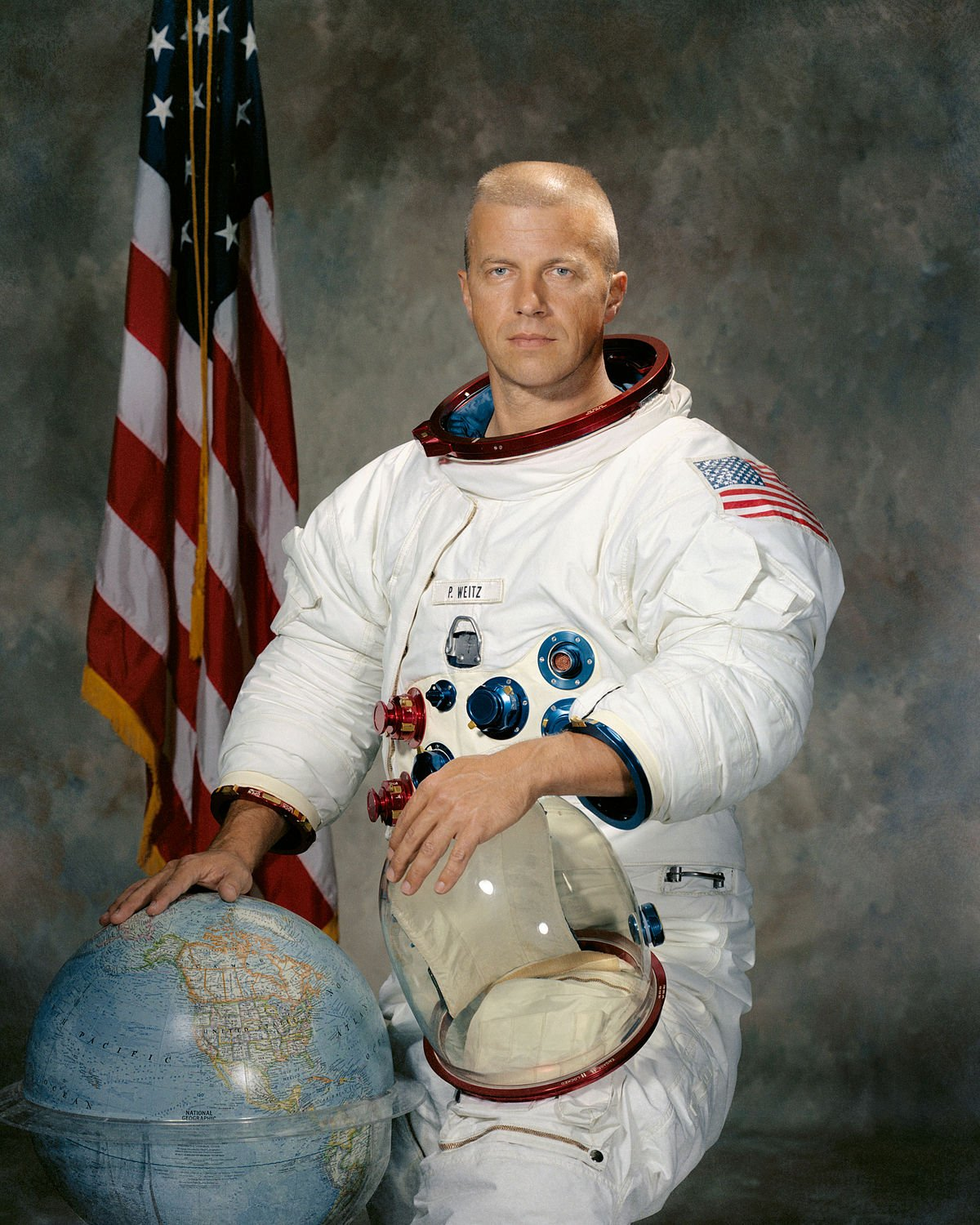 Astronaut from Harbor Creek High Paul Weitz dies at age 85