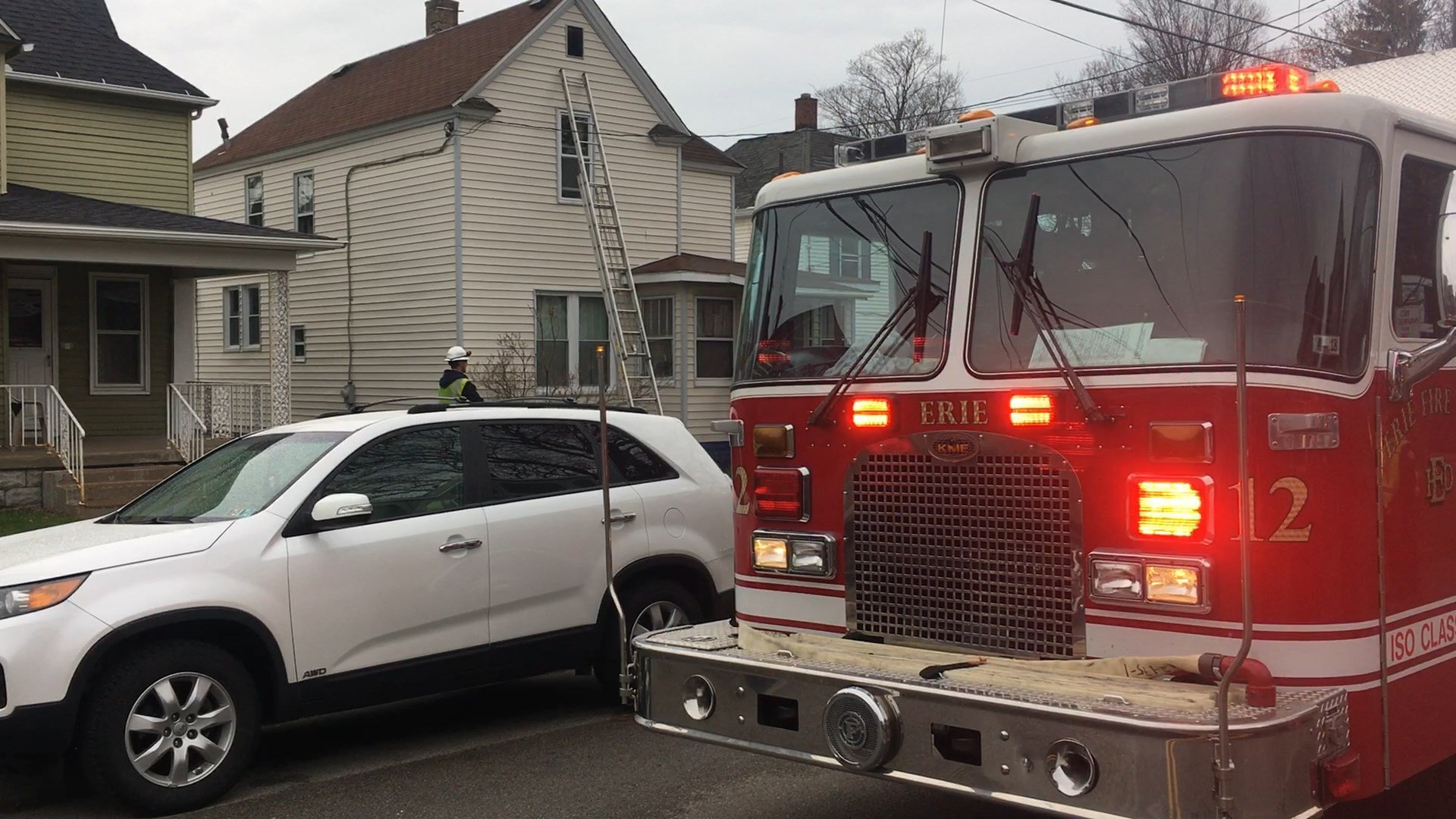 Fire damages Brown Avenue home