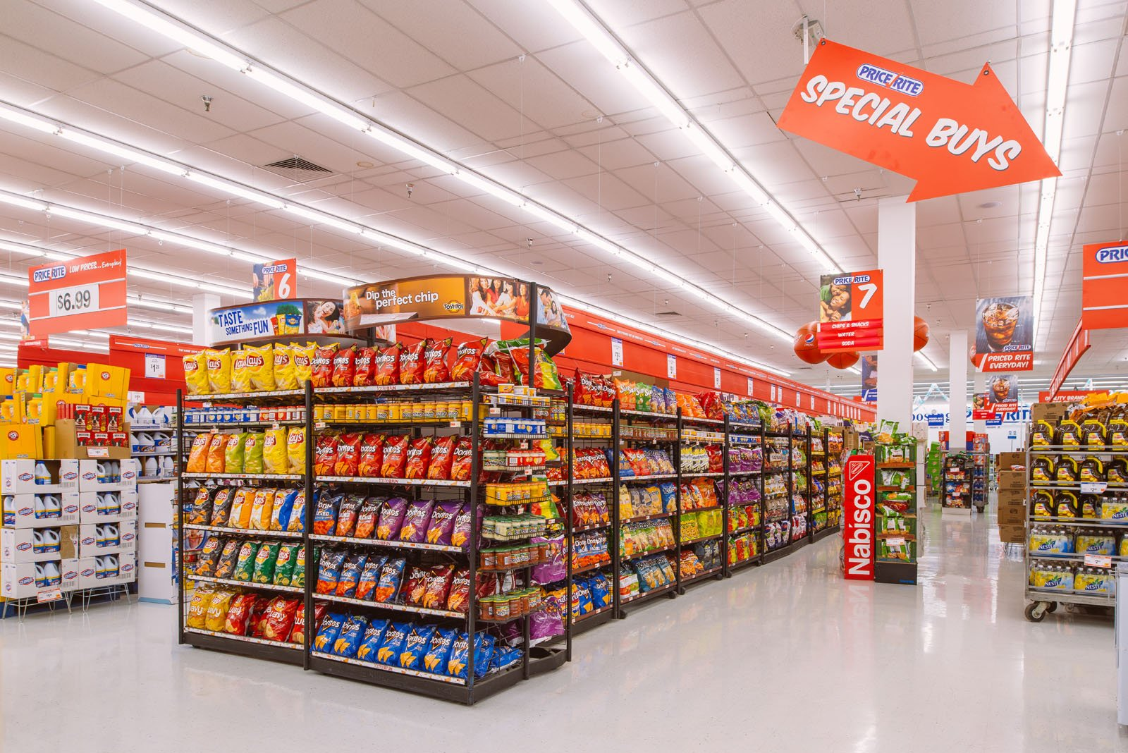 Discount grocery store to open this weekend erie news for What grocery stores are open today
