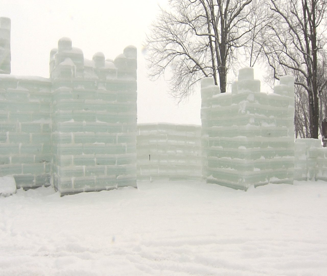 Ice Castle Construction In Mayville Erie News Now Wicu