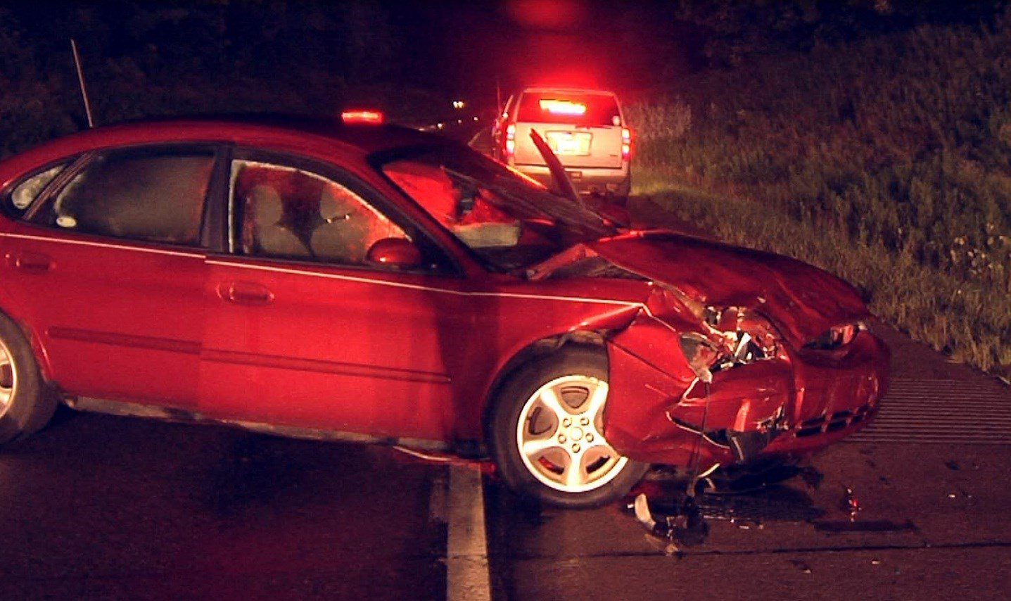 One Dead In Late Night Car Accident On I 79 Erie News