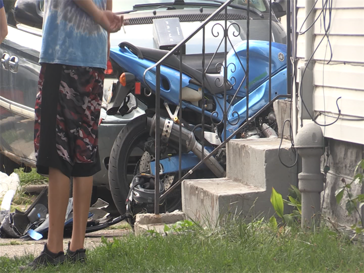 Two Injured in Motorcycle, Car Crash in East Erie - Erie