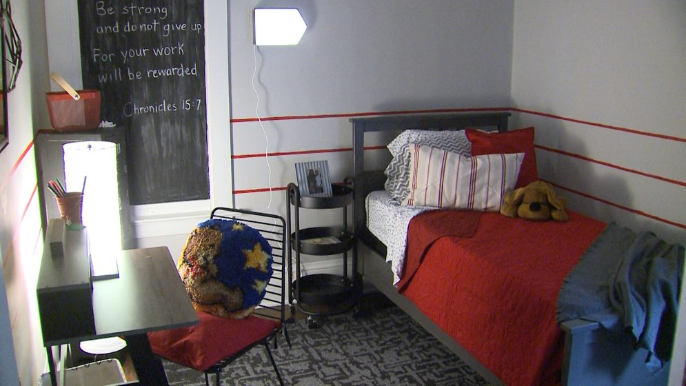 Two Boys Get Surprise Bedroom Makeovers - Erie News Now ...